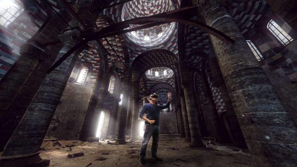 Mit virtueller Realität wird die Rekonstruktion von Fanatiker*innen zerstörten Bauten möglich.