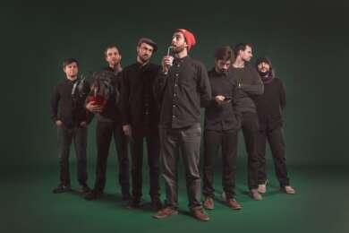 """Das Nu Hussel Orchestra veröffentlicht die Single """"Kaos"""" ft. Nico Suave."""