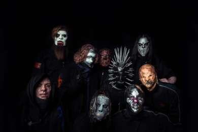 Slipknot und Evanescence mussten ihre Konzerte auf dem Knotfest absagen, weil die Sicherheit der Bands nicht gewährleistet war.