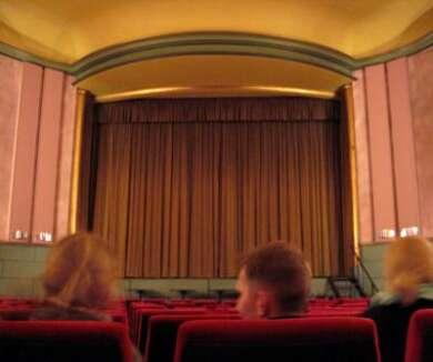 Kinosaal (Symbolbild) #KinoGanzSicher