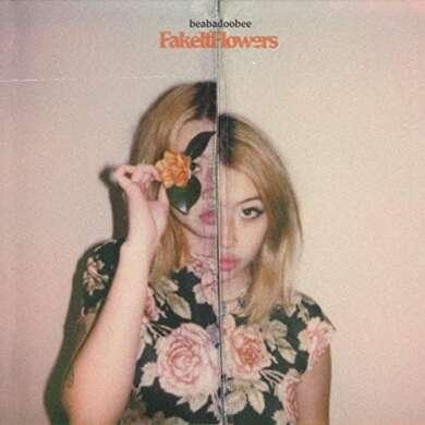 Die Alben der Woche: beabadoobee Fake it Flowers Albumcover
