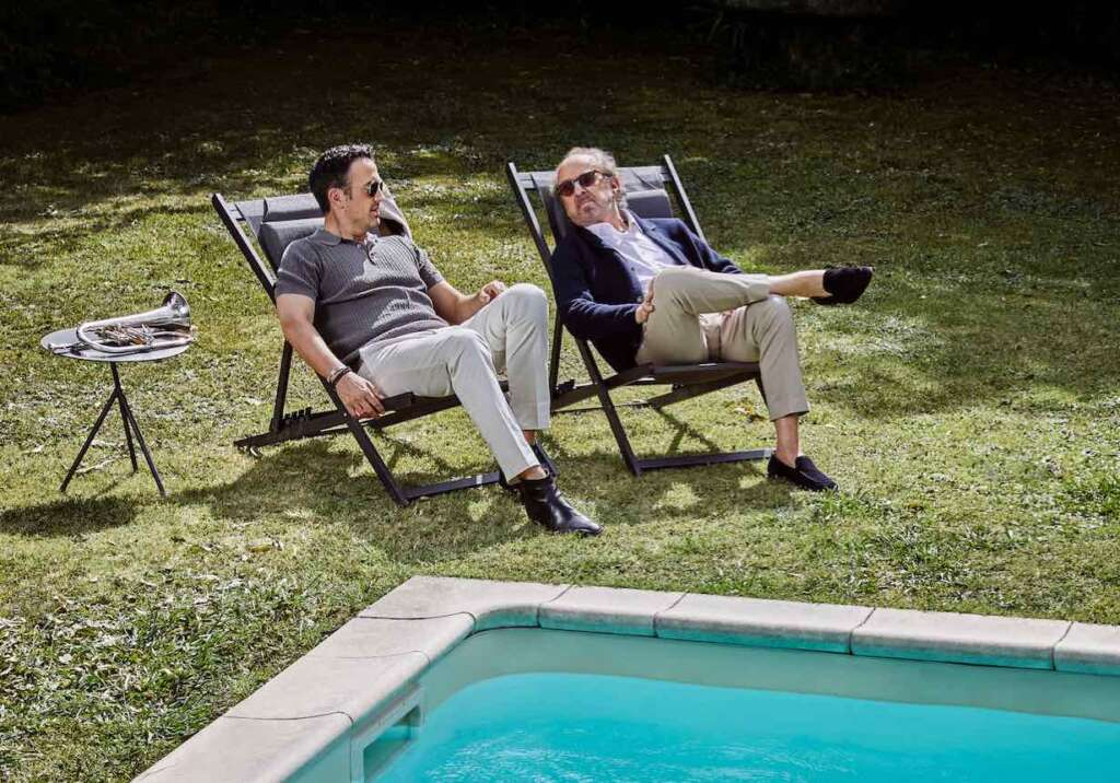 Till Brönner & Bob James in Liegestühlen am Pool