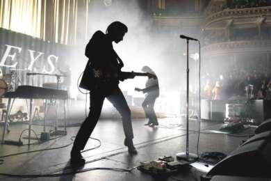 Arctic Monkeys live Andy Paradise