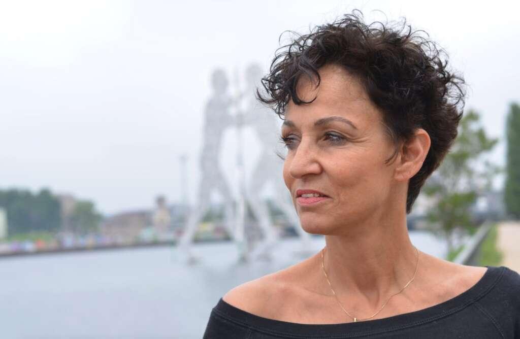 Sandra Kreisler by Simone Hofmann