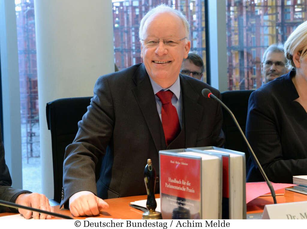 Dr. Mathias Bartke