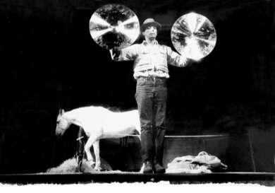 """Ute Klophaus Fotografie von Joseph Beuys """"Titus Iphigenie"""" 1969"""